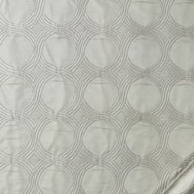 Tabi Matelasse - Silver - Subtle overlapping wavy lines creating a circle pattern on pale silver-grey silk, linen and cotton blend fabric