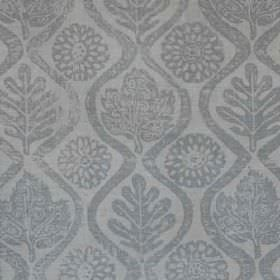 Oakleaves - French Grey - Blue-grey coloured wavy lines, leaves and stylised flowers printed on a light grey coloured 100% linen fabric back