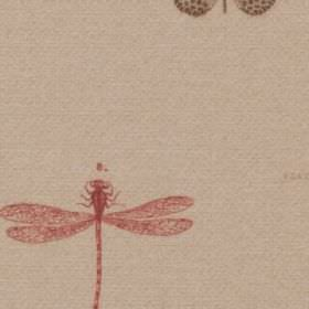 Dragon Fly - Rosso - Light pinkish grey 100% polyester fabric, patterned with a dark brown dotted butterfly and a light red dragonfly