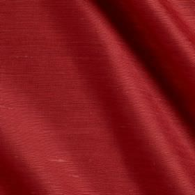 Vienne Silk - 2 Strawberry - Fabric made from silk and viscose in a deep tomato red colour