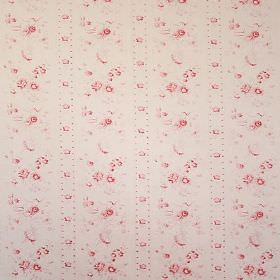 Amy - Red - Vintage style floral patterned fabric made from 100% cotton with shades of pink and cream