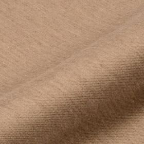 Frisky 305cm - Brown2 - Fabric made from polyester and viscose in a very light blend of cream and orange, with subtle streaks in brown