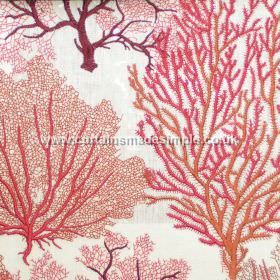 Corail - 02 - Fabric made from linen, viscose and polyester in white, covered in vein-like trees in bright orange, pink and red