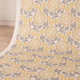 PomPom - Lemon Slice - Cotton and linen blend fabric in white and light shades of grey and yellow, with simple leaves and stylised, circular flowe