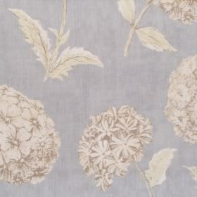 Sicilia - Cameo - Light grey and white floral pattern on cameo blue fabric