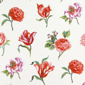 Juliette - Geranium - Different types of pink-red flowers individually printed with green leaves on a white cotton fabric background