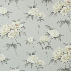 Somersby - Flannel - Pale grey cotton fabric patterned with large cream flowers and shaded grey leaves