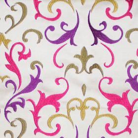 Daiquiri - Martini - Martini pink heraldry pattern on white fabric