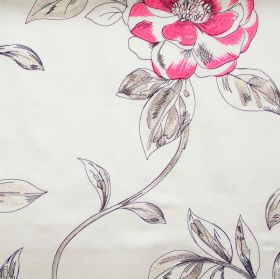 Couture - Roulette - Roulette pink flowers on white fabric
