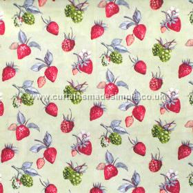 Bramble - Harvest - Strawberries and brambles on harvest green fabric