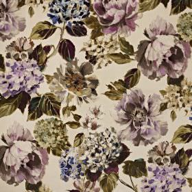 Fontainebleau - Amethyst - Floral patterned cotton and polyester fabric, featuring a lilac, cream and dark green-grey design on a white back