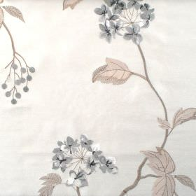 Nina - Silver - Classic silver grey floral pattern on white fabric