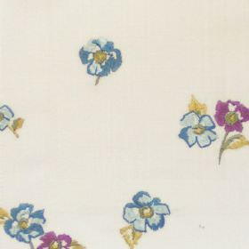 Buckingham - Heliotrope - Small blue and purple flowers on white fabric