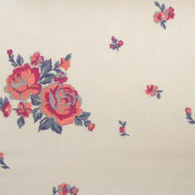 Elizabeth - Spice - Big and small spice red flowers on white fabric
