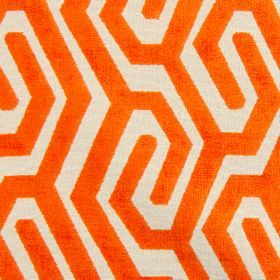 Maddox - Tangerine - Polyester, acrylic and viscose fabric patterned with simple lines creating a maze-like design in cream and bright orang