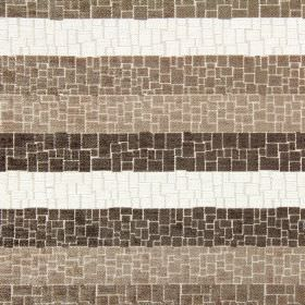 Zander - Havana - Fabric made from striped polyester, acrylic and viscose in white and shades of brown, with a crazy paving style pattern