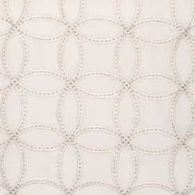 Larvik - Vanilla - Vanilla white fabric with stitched on overlapping circles