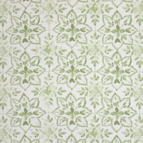 Avignon - Willow - White and light green coloured cotton fabric with a design of small, simple leaves and star shapes