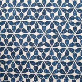 Maroc - Indigo - Fabric made solely from linen featuring a pattern of simple clustered flowers in colour indigo blue
