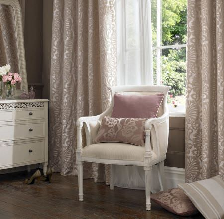 Ashley Wilde -  Imporo Fabric Collection - Luxurious curtains in rose shade decorated with elegant floral pattern and matching design on small cushions