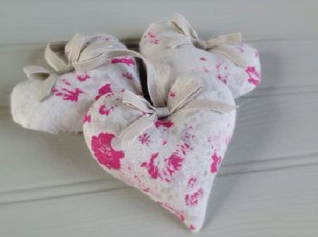 Peony and Sage -  French Florals Fabric Collection - Three padded hearts, all made with cream and bright pink floral patterned fabric, finished with plain cream-beige ribbon