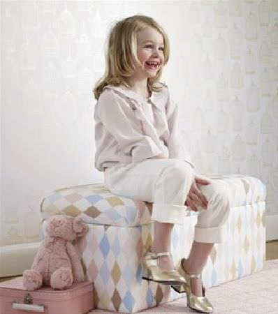 Sandberg -  Engla And Elliot Fabric Collection - Padded storage chest covered in white fabric with diamonds in different shades of blue, pink, brown and gold